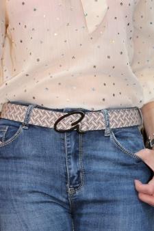 Cinturón estampado geométrico crema