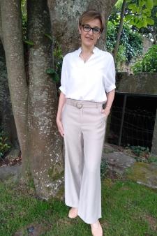 Pantalón fluido beige